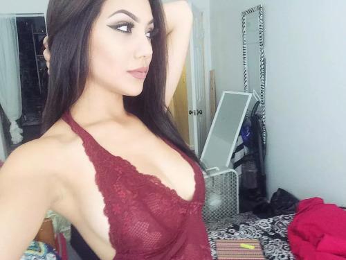 ebbulience: this top tho >>> LiveXXX webcams girls cam girl tumblr nvroa2Fb1h1tew5dho1 500 webcam chat girls