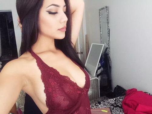 ebbulience: this top tho >>> LiveXXX webcams girls cam girl tumblr nvroa2Fb1h1tew5dho2 500 webcam chat girls