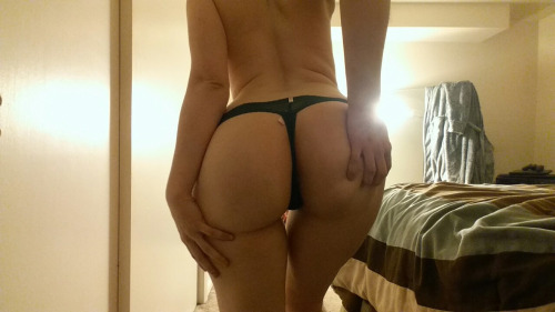 booty-touchin: livid-lotus: my booty game tonight tho I hope…