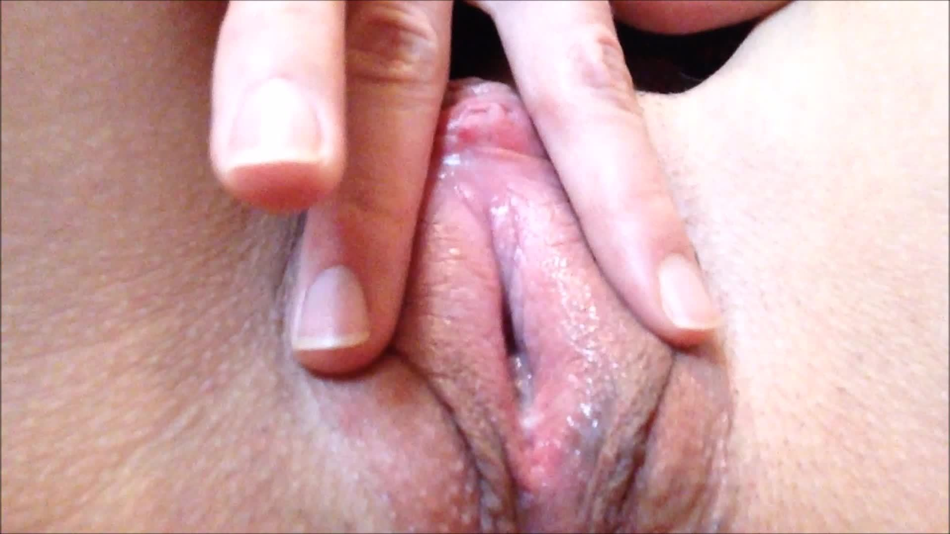 Shaking My Ass and Fucking My Pussy. I CUM TWICE