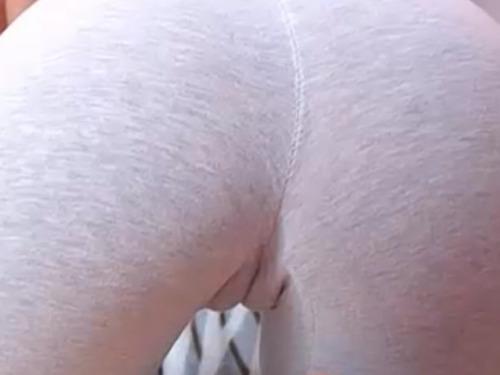 picki vicki: These pants feel amazing to jog in. LiveXXX webcams girls cam girl tumblr oa23thWOqD1surwvio4 500 webcam chat girls