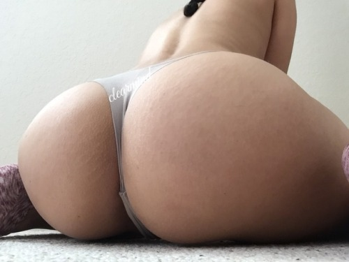 fashefriends: clearmind healthybeing: Too much booty ?? So... LiveXXX webcams girls cam girl tumblr p3hj7k0RaP1r5umw1o3 500 webcam chat girls