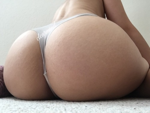 fashefriends: clearmind healthybeing: Too much booty ?? So... LiveXXX webcams girls cam girl tumblr p3hj7k0RaP1r5umw1o5 500 webcam chat girls